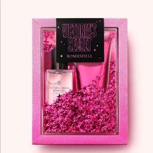 🆕 VS Mini Mist + Lotion Gift Set New in Box